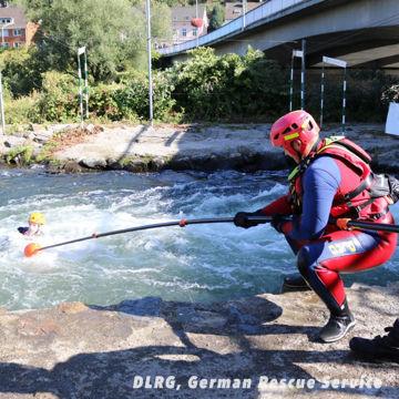 4.5m Rescue Reach Pole