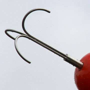 Grapple Hook Reach Pole Attachment